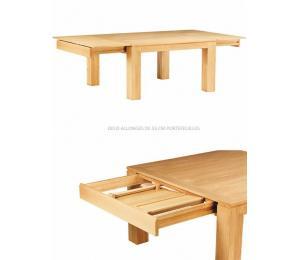 Table BAOBAB carrée avec allonges.