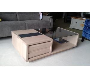 TABLE DE SALON en chêne BA1267 L120 P67 H35 cm 1 tiroir va et vient sur coulisses métalliques 900€ net TTC  + 3.20 d'éco-participation (le modèle exposé)