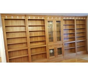 Bibliothèque en merisier sur mesures